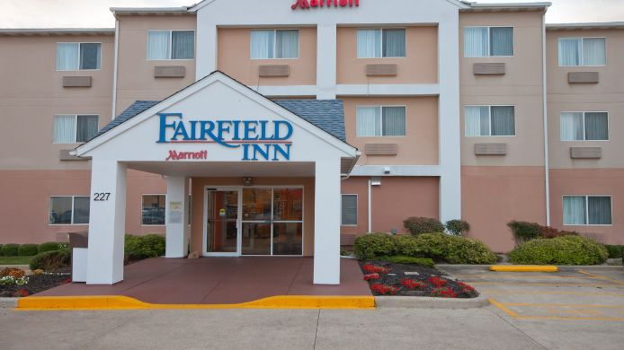 Exterior view Fairfield Inn Marion