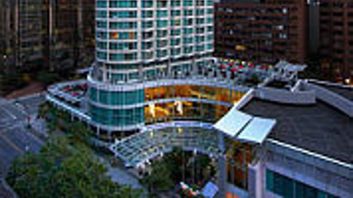 Exterior view Vancouver Marriott Pinnacle Downtown Hotel