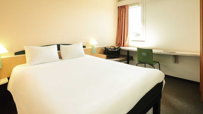Room ibis Narbonne