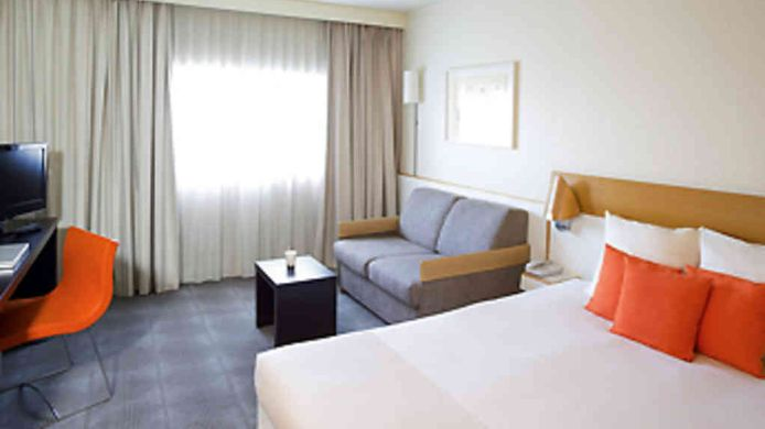 Room Novotel Paris Orly Rungis