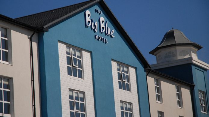 Foto The Big Blue Hotel
