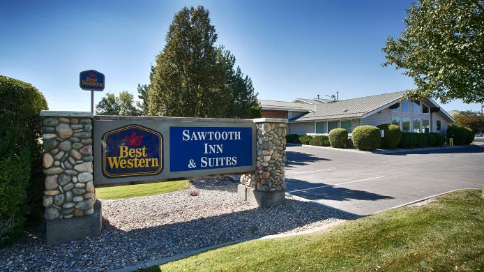Buitenaanzicht BW SAWTOOTH INN AND SUITES