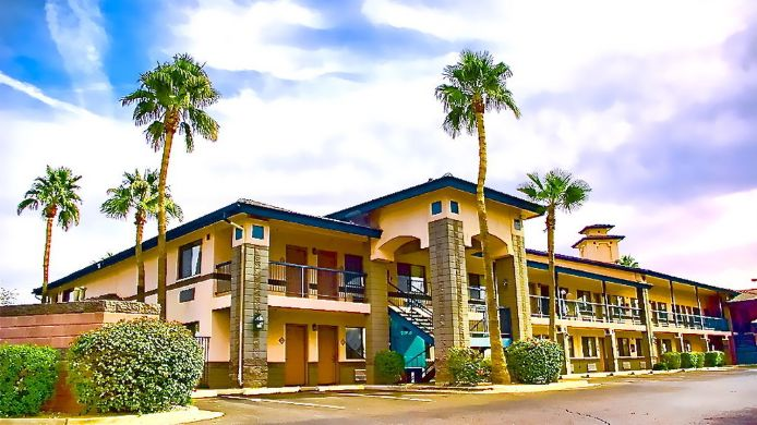 Exterior view BEST WESTERN SUPERSTITION SPGS