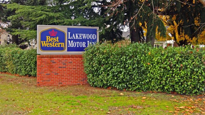 Buitenaanzicht BEST WESTERN LAKEWOOD MOTOR IN
