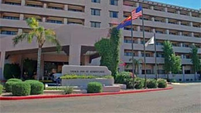 Buitenaanzicht Four Points by Sheraton Phoenix South Mountain