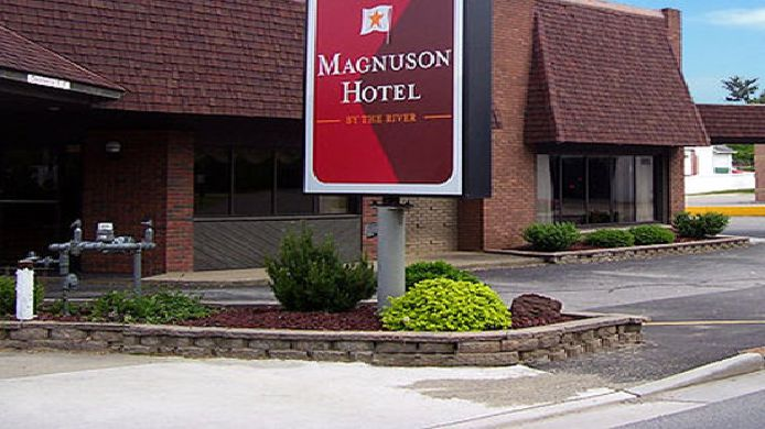 Buitenaanzicht MAGNUSON HOTEL BY THE RIVER-MARIETTA