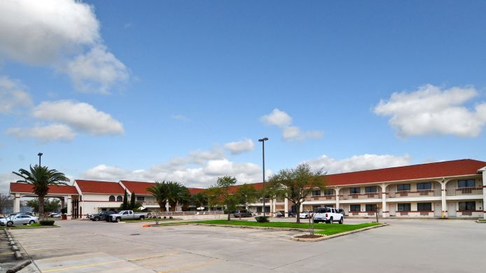 Exterior view BEST WESTERN PEARLAND INN