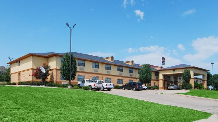 Exterior view BEST WESTERN TEMPLE INN AND SUITES