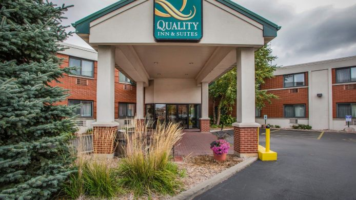 Exterior view Quality Inn & Suites Downtown