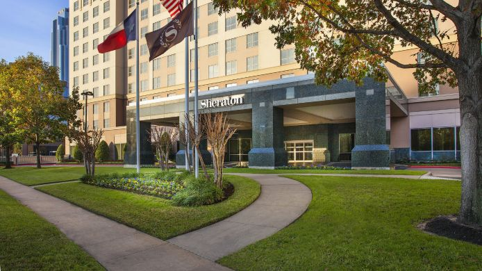 Buitenaanzicht Sheraton Suites Houston Near The Galleria