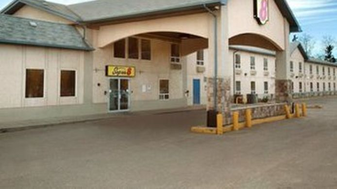 Exterior view SUPER 8 FORT MCMURRAY