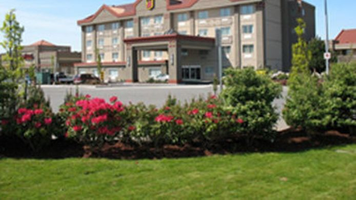 Exterior view SUPER 8 ABBOTSFORD BC