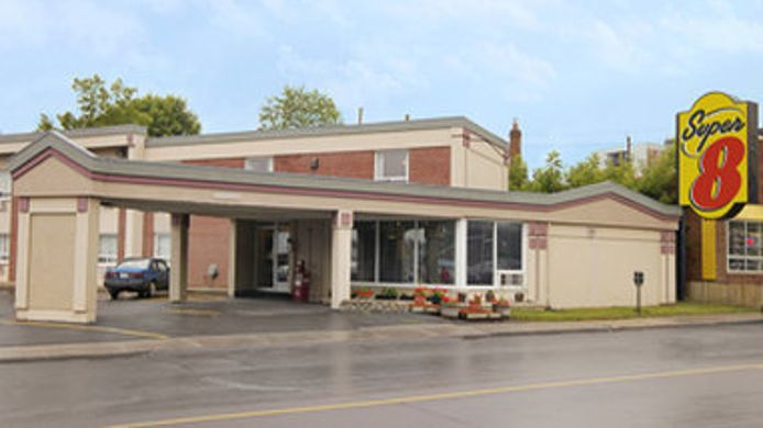 Buitenaanzicht SUPER 8 MOTEL - KINGSTON