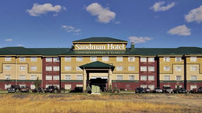 Exterior view SANDMAN HOTEL RED DEER