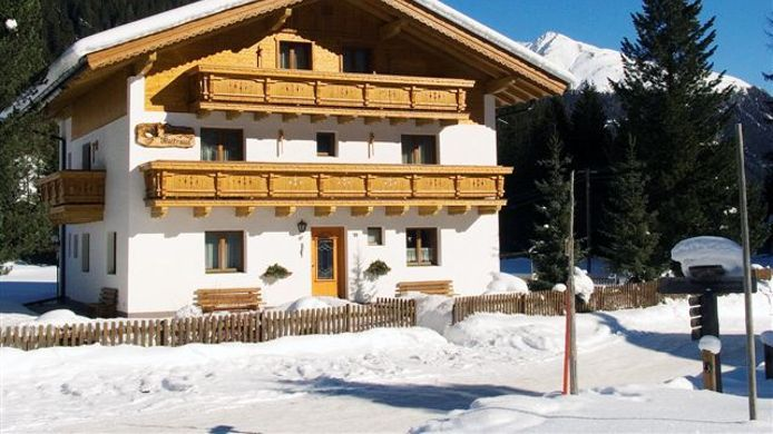 Exterior view Haus Waltraud Pension