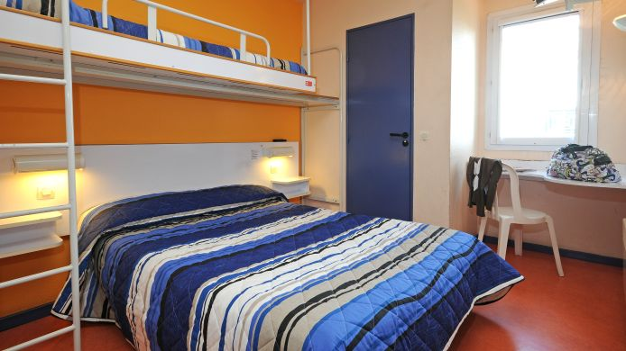 Triple room Hotel Mister Bed Metz Jouy aux Arches