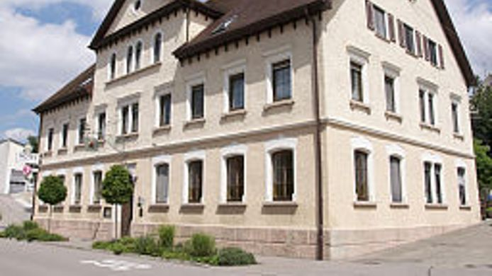 Exterior view Land-gut-Hotel Zur Rose