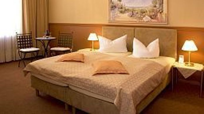 Double room (superior) Senta Hotel Pension