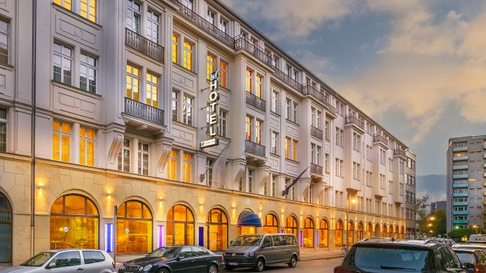 Exterior view Novum Select Hotel Berlin Checkpoint Charlie