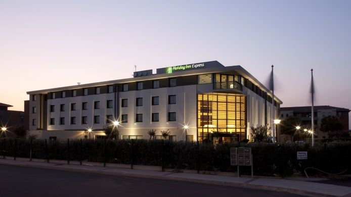 Exterior view Holiday Inn Express TOULOUSE AIRPORT