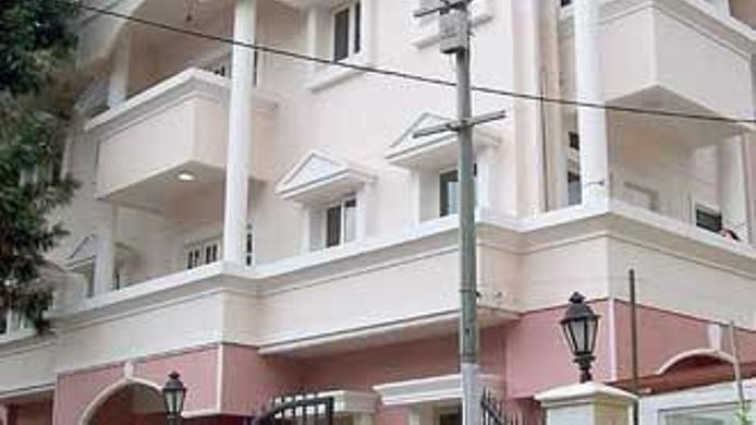 Exterior view STERLING SUITES RESIDENCY ROAD