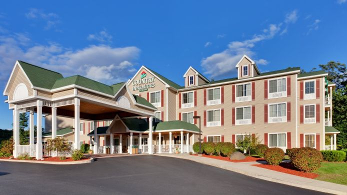 Exterior view COUNTRY INN SUITES LAKE GEORGE