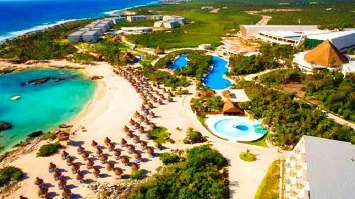 Buitenaanzicht Grand Sirenis Mayan Beach Hotel & Spa - All Inclusive