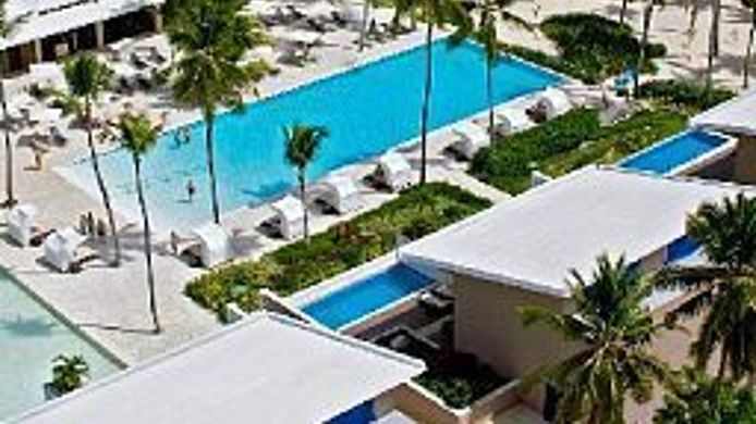 Exterior view Catalonia Royal Bavaro
