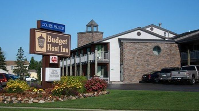 Exterior view Budget Host Inn & Suites St. Ignace