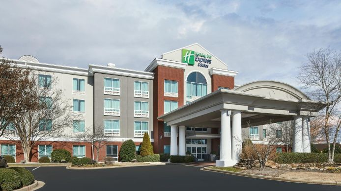 Exterior view Holiday Inn Express & Suites I-26 & US 29 AT WESTGATE MALL