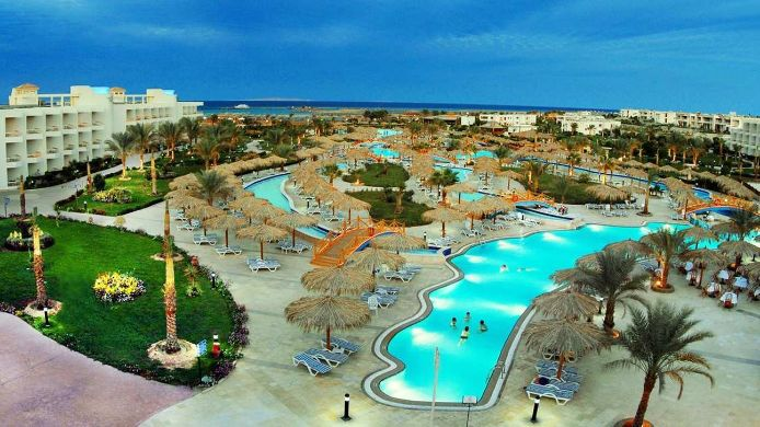 Exterior view Hilton Hurghada Long Beach Resort