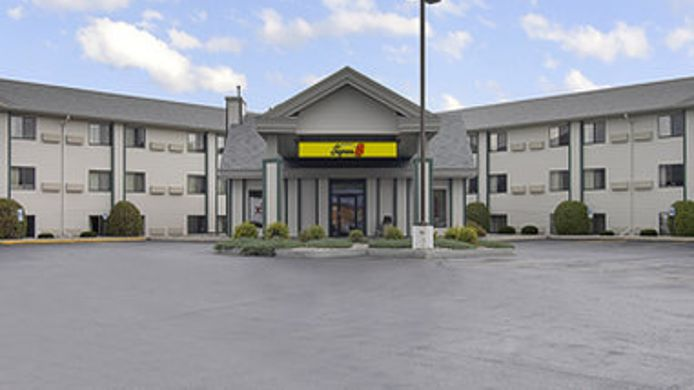 Exterior view SUPER 8 WISCONSIN DELLS