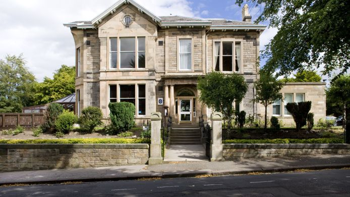 Exterior view Royal Ettrick Edinburgh