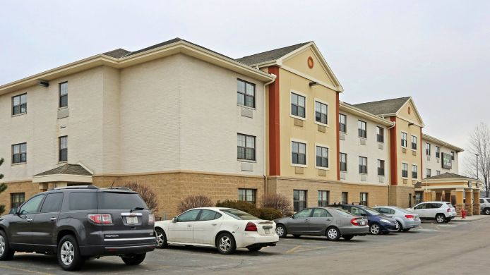 Exterior view EXTENDED STAY AMERICA WAUWATOS
