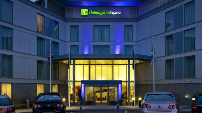 Buitenaanzicht Holiday Inn Express LONDON - STANSTED AIRPORT