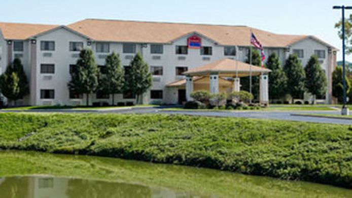 Exterior view RAMADA LIMITED FAIRBORN