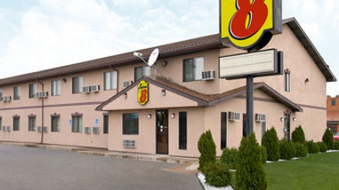 Exterior view SUPER 8 MICHIGAN CITY