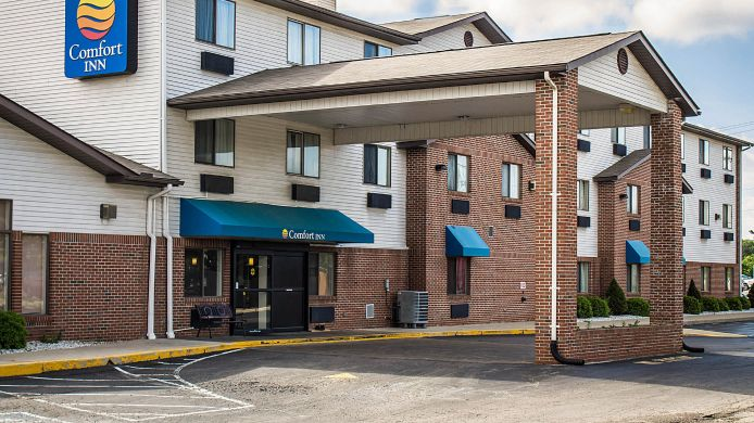 Exterior view Quality Inn & Suites Delaware