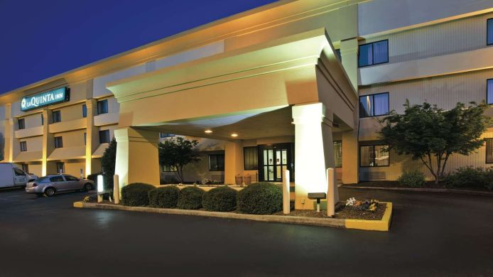 Exterior view LA QUINTA INN CAHABA PARK SOUTH