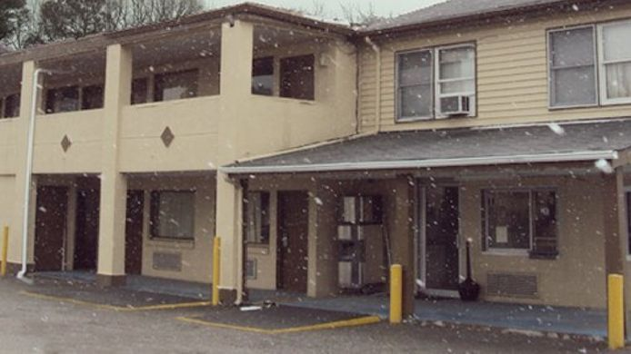 Exterior view MIDTOWN MOTEL NEWPORT NEWS