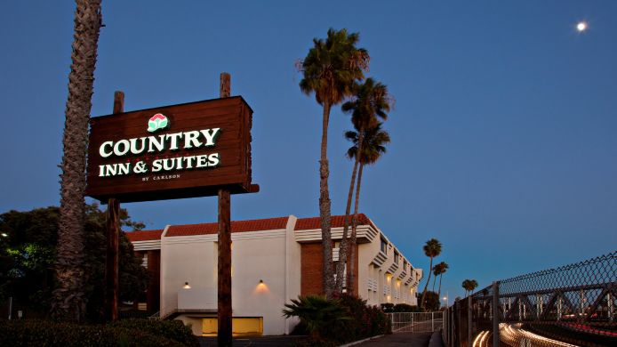 Exterior view COUNTRY INN SUITES VENTURA