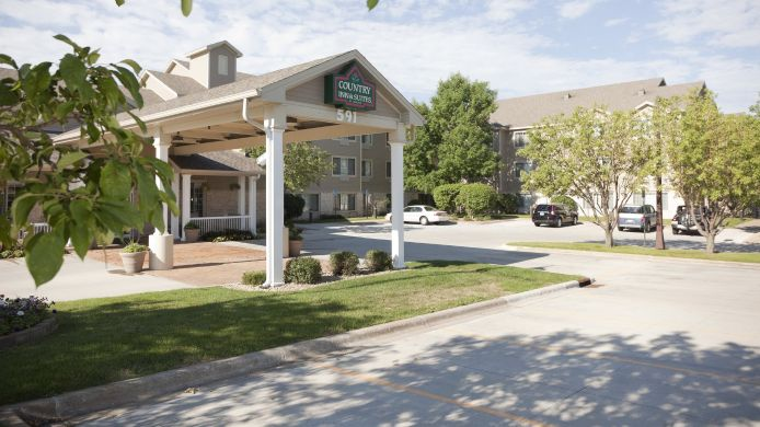 Exterior view COUNTRY INN SUITES CHANHASSEN