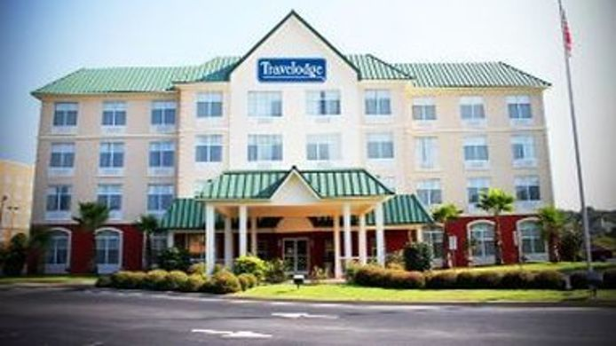 Exterior view TRAVELODGE SAVANNAH GATEWAY
