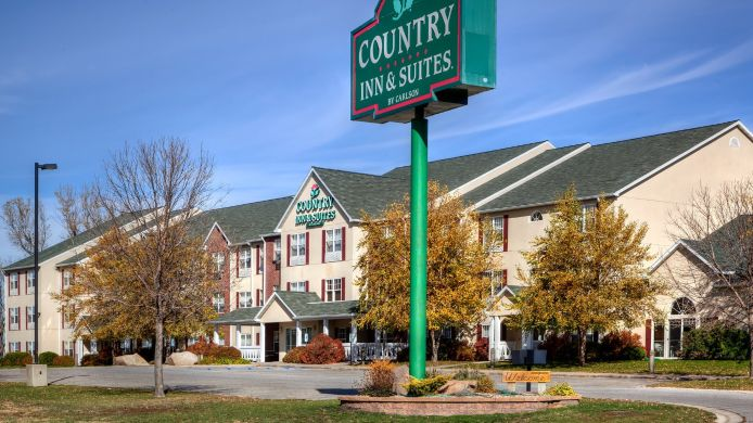 Exterior view COUNTRY INN SUITES MASON CITY