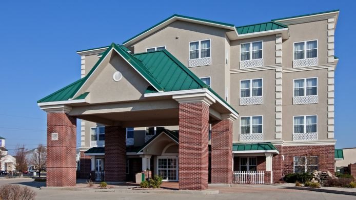 Exterior view COUNTRY INN AND SUITES ELKHART