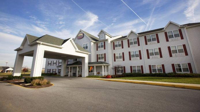 Exterior view LANCASTER INN AND SUITES