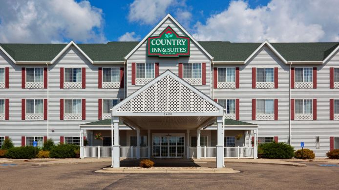 Exterior view COUNTRY INN SUITES WATERTOWN