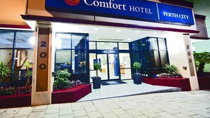 Exterior view Comfort Hotel Perth City