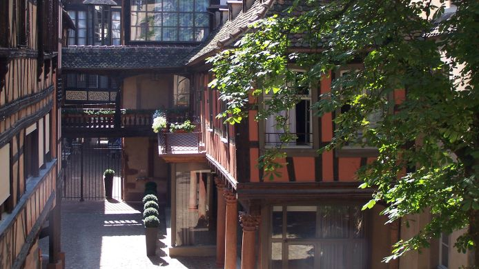 Exterior view Hôtel Cour du Corbeau Strasbourg - MGallery By Sofitel