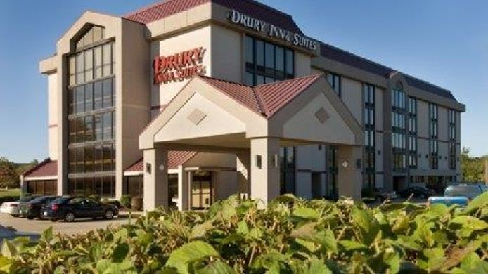 Exterior view DRURY INN AND SUITES SPRINGFIELD MO